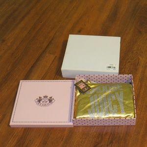 NWT Choose Juicy Couture Gold Leather Wristlet BOX